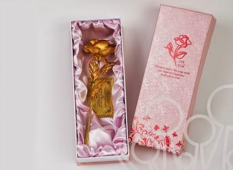 http://mindblower.ro/produs/trandafir-placat-cu-aur-de-24k