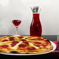 Geneza unei pizze. De la lux la rutina.