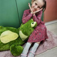 Dresuri fetite si sosete jacard pentru micutele domnisoare de 7 ani!