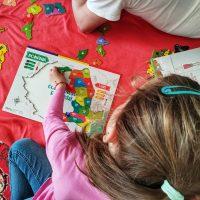 Harta Romaniei - 3 puzzleuri in cele 3 culori nationale!